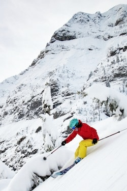 Banff Ski & Stay Package with DMCi