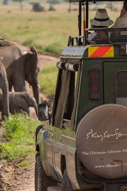 SkySafari Tanzania Classic with Tourcan Vacations